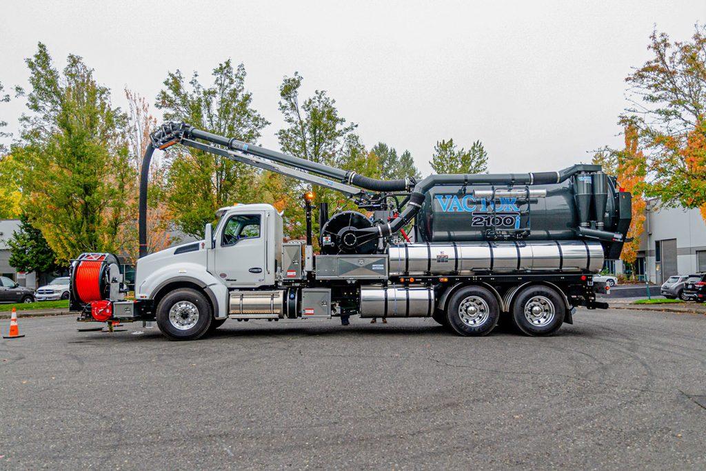 Combo Sewer Truck Rentals, 2100i